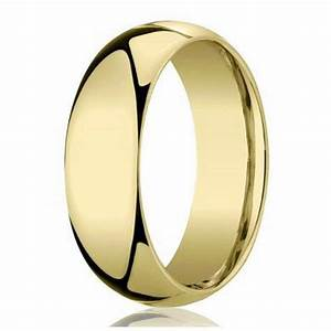 Traditional 18K Gold Wedding Band For Men By Benchmark