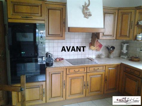 changer les portes de sa cuisine photos de cuisines réalisées sur mesures et installées sur
