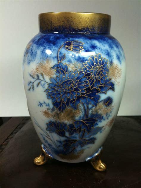moorcroft images  pinterest vases porcelain