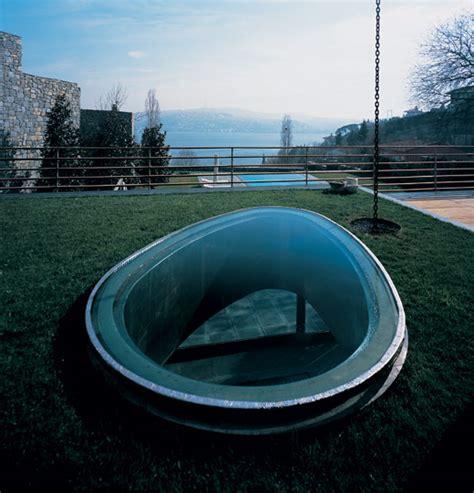 modern house  istanbul turkey water inspired design