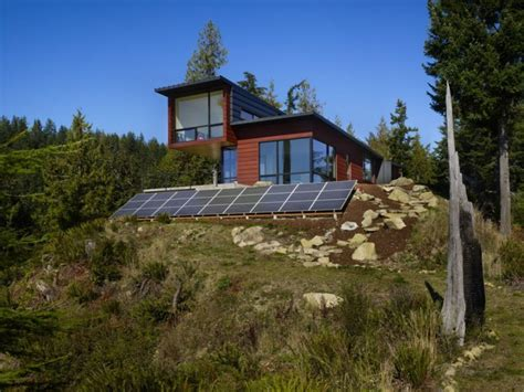 15 Eco-friendly House Designs Images