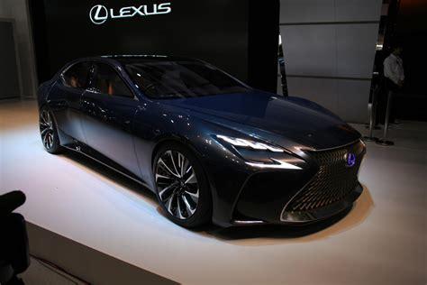 lexus lf fc interior lexus unveils lf fc fuel cell concept