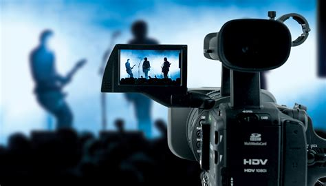 Review requirements for music & audio production degrees and accredited schools in 2019. Chicago Music Video Production | Sureshot Productions