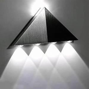 Applique Murale Sans Fil : 5w aluminium triangle applique murale led blanche ~ Edinachiropracticcenter.com Idées de Décoration
