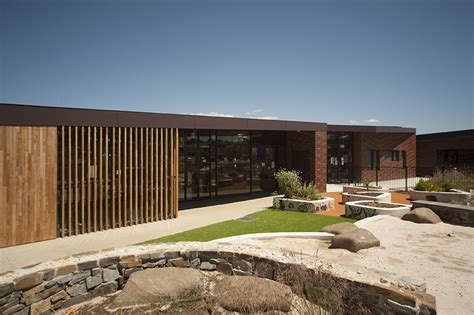 community centre takes  top public architecture award