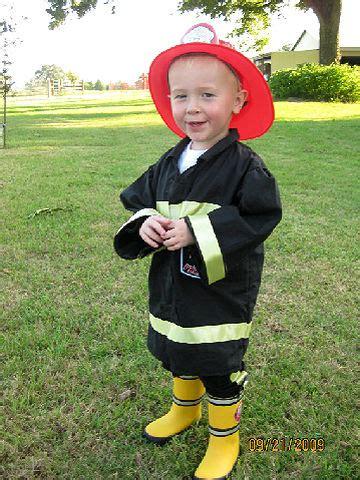 easy diy costumes for boys diy boy halloween costumes