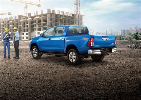 toyota thailand toyota hilux goes to thailand for a rugged facelift