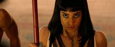 female actress in the mummy 2017 new behind the scenes featurette for the mummy starring