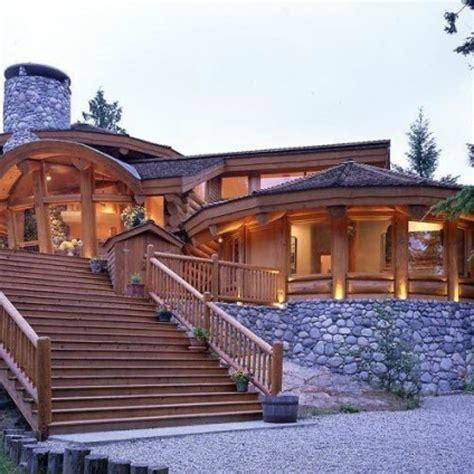 desain rumah kayu mewah elegan klasik  cantik