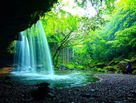 5 des plus jolies cascades du japon dozodomo