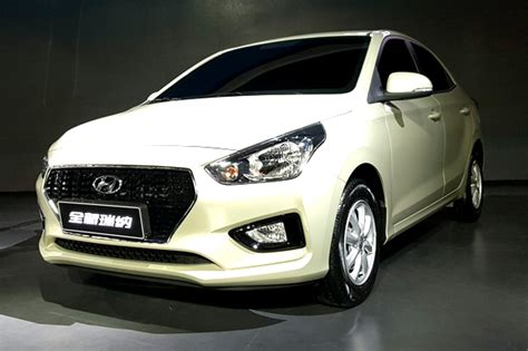 hyundai reina sedan revealed based   outgoing