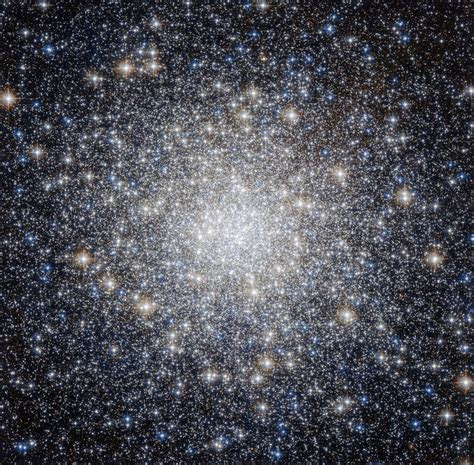 Space in Images - 2014 - 12 - All that glitters