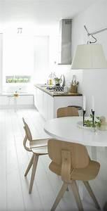 Table Cuisine Scandinave : la cuisine blanche et bois en 102 photos inspirantes ~ Melissatoandfro.com Idées de Décoration