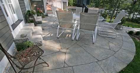 Cement Patio by Concrete Patio Patio Ideas Backyard Designs And Photos