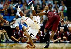 Kentucky-Uconn NCAA Title Game Will Come Down To Guard ...