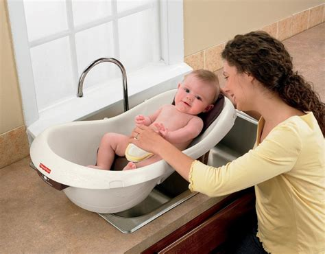 Top 10 Best Newborn Baby Portable Bath Tubs & Seats