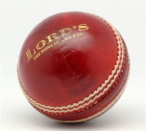 File:Grace match junior cricket ball.jpg - Wikimedia Commons