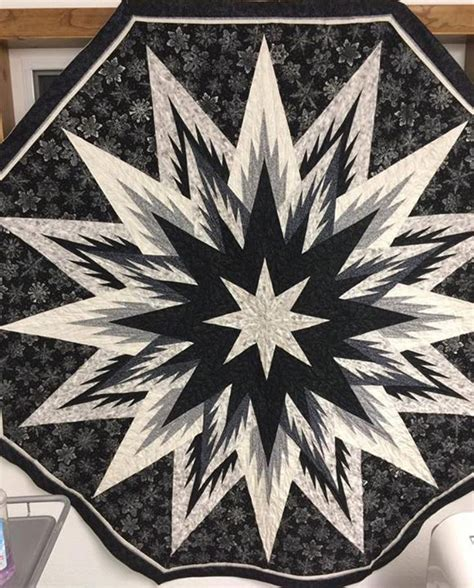 36 best images about feathered snowflake tree skirt on