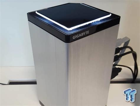 gigabyte brix mini pc rocks  gtx   quad display