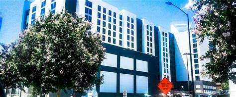 Ground Floor Cafe Okc Hours by Embassy Suites