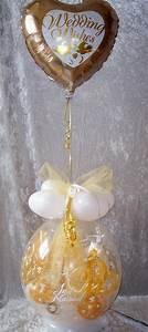 Geschenk Verpacken Folie : geschenk im ballon hochzeit mit folie gold geschenkverpackung ~ Orissabook.com Haus und Dekorationen