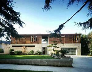 Modern, Courtyard, House, Surrounded, By, Lush, Japanese, Gardens