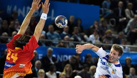Sācies PČ handbolā: Eiropas valstu mačos uzvar Spānija un ...