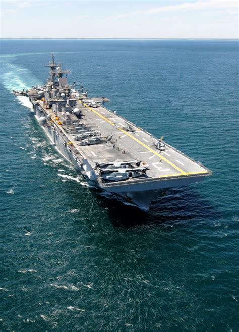 Der suezkanal ist eine der wichtigsten arterien im welthandel. Ägypten - die Lage gerät ausser Kontrolle - die USA ...