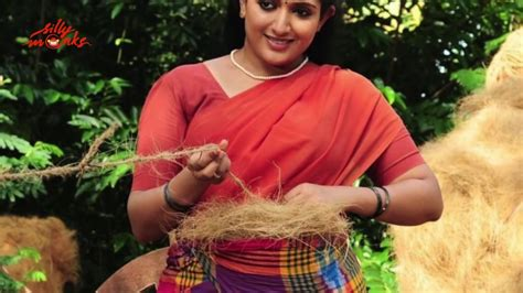 malayalam in mundu blouse