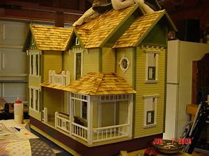 Bellingham Farmhouse Dollhouse Delights The Greenleaf