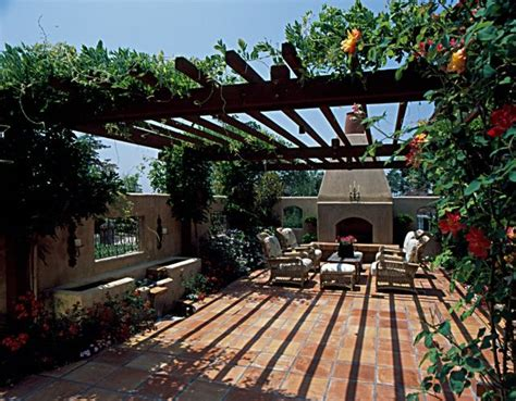 inviting front yard courtyard landscape ideas