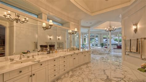 decorating ideas for master bedrooms inspirational bedrooms million dollar master bathrooms