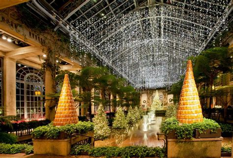 longwood gardens christmas    holiday wonderland