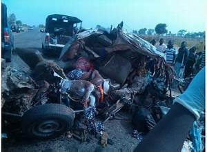 Dead Bodies Trapped in Accident Vehicle in Jos | Autoxpat