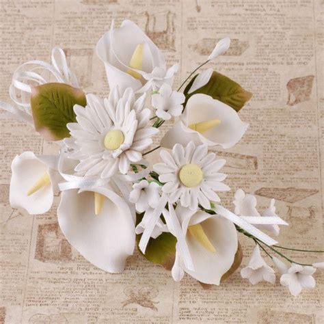 daisy calla lily sprays white fondant cakes calla