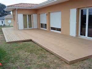 Structure Terrasse Bois Composite by Terrasses En Bois Composite Beige Pour Piscine Et Contour