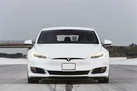 2017 Tesla Model S P100d Sets New Record -- 0-60 Mph In 2