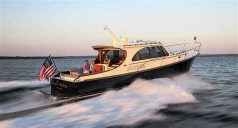 Hinckley Yachts Tour by Hinckley 43 For Sale Boatshowavenue