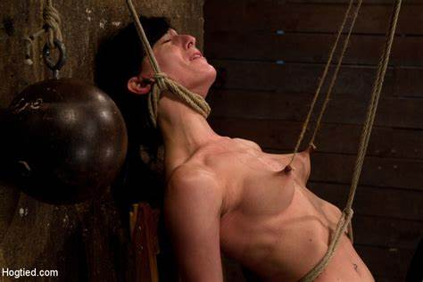Brutal Whipped Babes Put On A Tough Torture