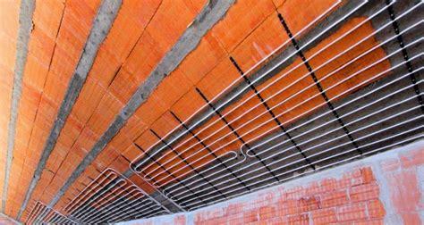 impianti di riscaldamento a soffitto scegliere il riscaldamento tradizionale pavimento o