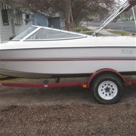 Four Winns Boat Seats For Sale by 17 Four Winns Powerboat Seats 7 New Bimini Gauges