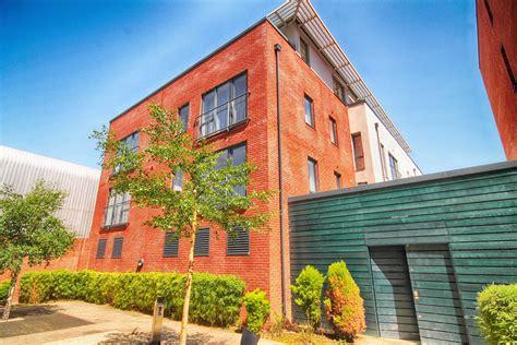 3670 chrysler dr, detroit, mi 48207. 1 bedroom Flat/Apartment for sale in St Pauls ...