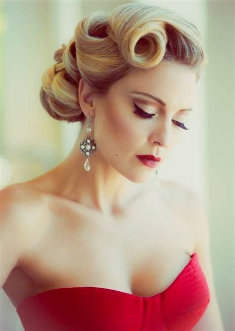 Retro Updo 5 Updos You Need To See Coiffures vintage