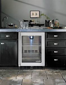 Viking Vrci5240grss 24 Inch Undercounter Refrigerator With