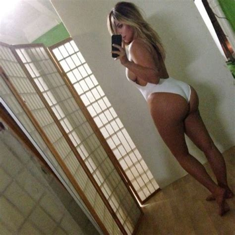 Kim Kardashian Shows Post Baby Body