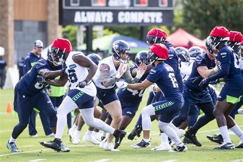 thursdays seahawks training camp