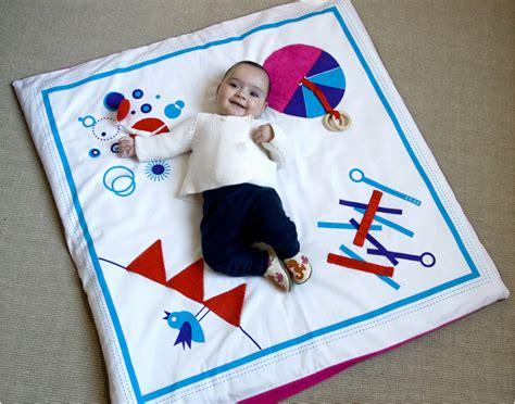 baby play mat tapis d eveil pour bb fushia deuz