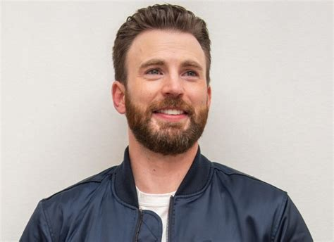 Chris Evans addresses NSFW photo leak incident in the best ...
