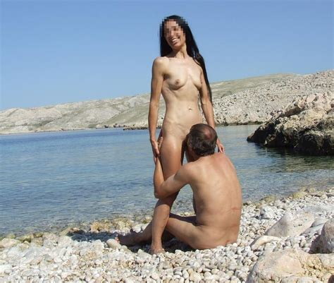 Beach Oral Sex By Ahcpl Nude Amateur Pictures Redtube