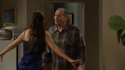 modern family season 2 episode 24 free wroc awski informator internetowy wroc